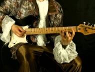 news_2020-04-20-s_gitaroy.jpg